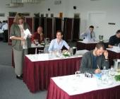 Odborná komise hodnotitelů u prvních vzorků