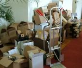 ...vybalení krabic a označení soutěžních vzorků.